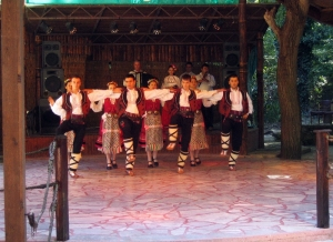 Varna - Folklore at restaurant